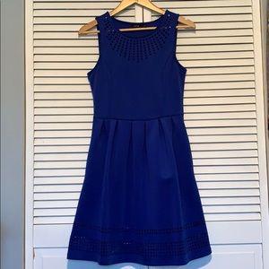 Apt 9 blue scuba dress w pockets and cutouts